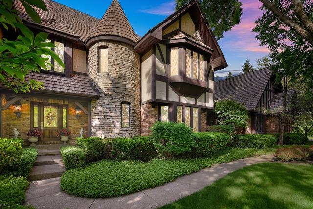 831 Mount Vernon Avenue, Lake Forest, IL 60045 (MLS #10416042) :: Helen Oliveri Real Estate