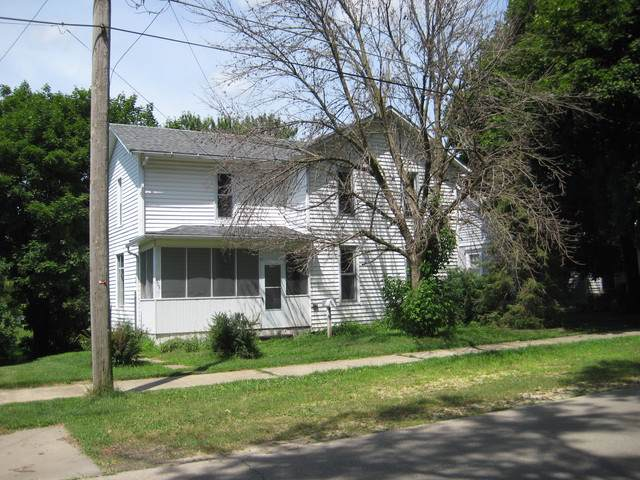 508 4th Street, Fulton, IL 61252 (MLS #10454443) :: Berkshire Hathaway HomeServices Snyder Real Estate