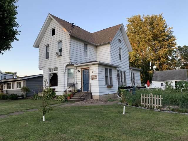 300 Holcomb Avenue, Milledgeville, IL 61051 (MLS #10468988) :: John Lyons Real Estate