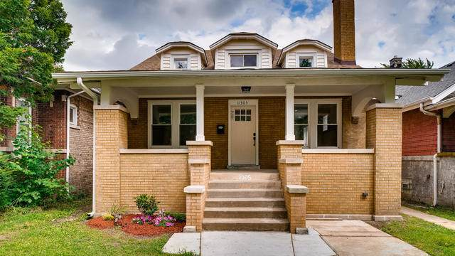 11305 S Lowe Avenue, Chicago, IL 60628 (MLS #10486411) :: Angela Walker Homes Real Estate Group