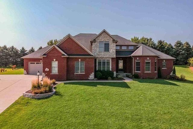 9580 Janel Drive, Bloomington, IL 61705 (MLS #10504017) :: BNRealty