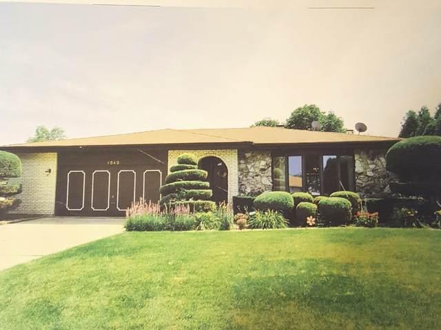 1849 Fitzgerald Road N, Woodridge, IL 60517 (MLS #10553073) :: Ryan Dallas Real Estate
