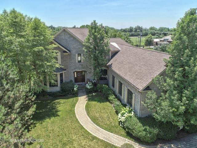 835 Wagner Court, Glenview, IL 60025 (MLS #10580491) :: Property Consultants Realty