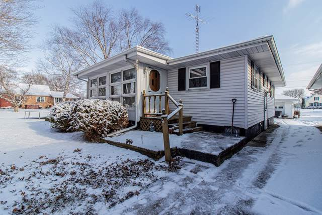 215 S Lincoln Avenue, Ladd, IL 61329 (MLS #10581073) :: The Wexler Group at Keller Williams Preferred Realty