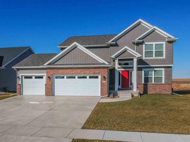 1217 Willow Creek Drive, Bloomington, IL 61705 (MLS #10593663) :: Baz Realty Network | Keller Williams Elite