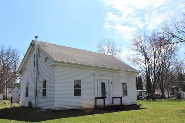 609 Emery Street, Prophetstown, IL 61277 (MLS #10637516) :: Property Consultants Realty