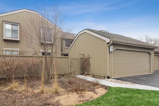 864 Oak Hill Road, Lake Barrington, IL 60010 (MLS #10673142) :: Littlefield Group