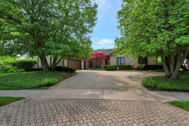 2803 Woodmere Drive, Northbrook, IL 60062 (MLS #10677810) :: John Lyons Real Estate