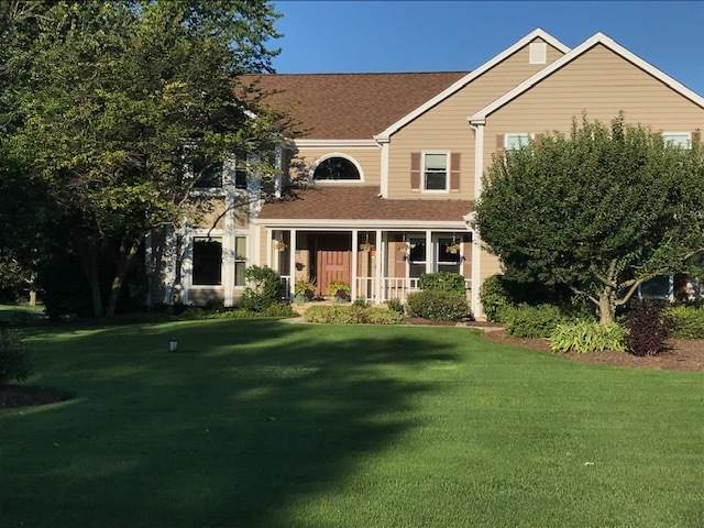 24 Steeplechase Drive, Hawthorn Woods, IL 60047 (MLS #10677842) :: Helen Oliveri Real Estate