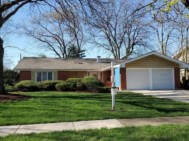 23W155 Foxcroft Drive, Glen Ellyn, IL 60137 (MLS #10701619) :: Littlefield Group