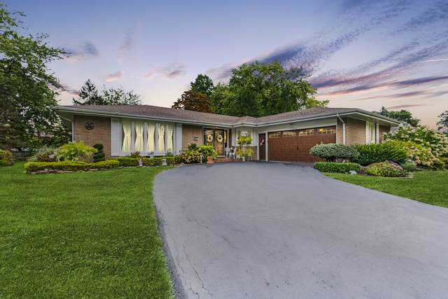 11 S Country Squire Road, Palos Heights, IL 60463 (MLS #10716670) :: Property Consultants Realty