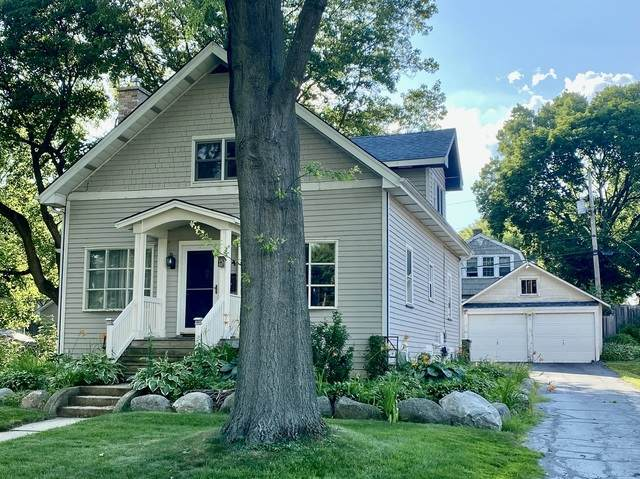54 Maple Street, Crystal Lake, IL 60014 (MLS #10762618) :: Property Consultants Realty