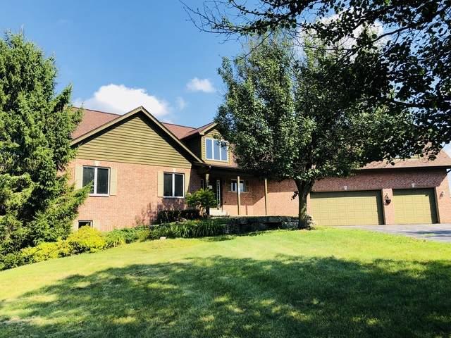 7333 Garden Prairie Road, Garden Prairie, IL 61038 (MLS #10810974) :: Property Consultants Realty
