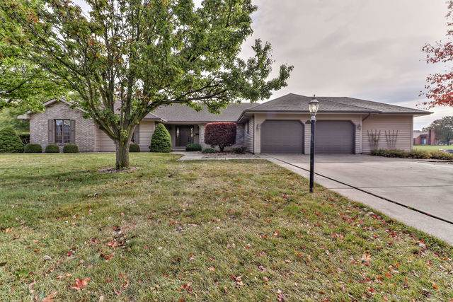 303 N Chaucer Boulevard, MONTICELLO, IL 61856 (MLS #10904746) :: Littlefield Group
