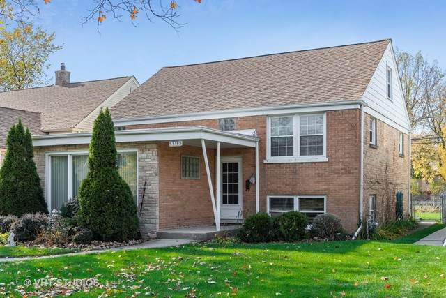 8316 Kenton Avenue, Skokie, IL 60076 (MLS #10915947) :: Helen Oliveri Real Estate
