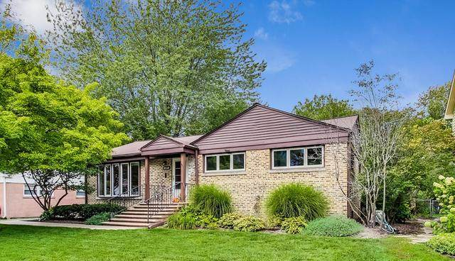 2116 Oak Avenue, Northbrook, IL 60062 (MLS #10916434) :: The Spaniak Team