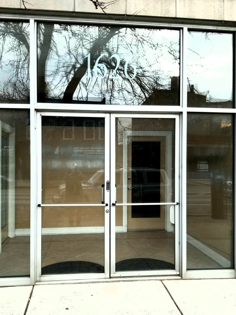 1626 Montrose Avenue - Photo 1