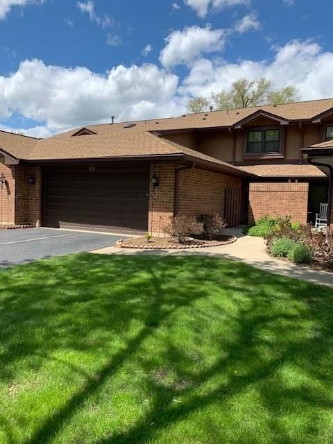 156 Prairie Drive, Westmont, IL 60559 (MLS #11050205) :: Jacqui Miller Homes