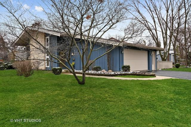 917 Royal Blackheath Court, Naperville, IL 60563 (MLS #09920726) :: Lewke Partners