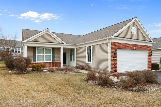 3161 Ravinia Circle, Mundelein, IL 60060 (MLS #09921596) :: Helen Oliveri Real Estate