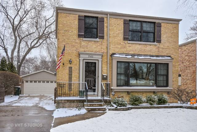 943 N Kennicott Avenue, Arlington Heights, IL 60004 (MLS #09923241) :: Lewke Partners