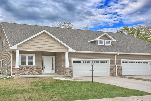 1818 Lake Ridge Court #1818, Mahomet, IL 61853 (MLS #09961251) :: Ryan Dallas Real Estate