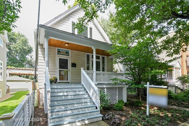 2152 W Eastwood Avenue, Chicago, IL 60625 (MLS #10064316) :: Leigh Marcus | @properties