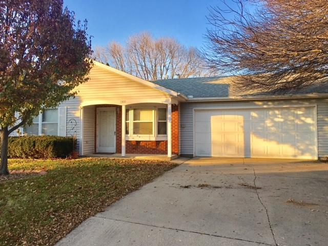 1300 E 24th Street, Sterling, IL 61081 (MLS #10137726) :: Domain Realty