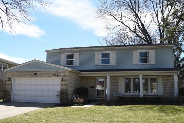 2011 E Lillian Lane, Arlington Heights, IL 60004 (MLS #10169072) :: Helen Oliveri Real Estate