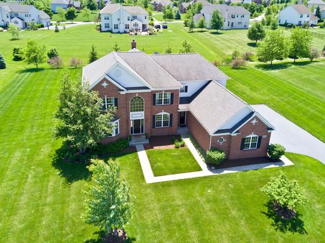6051 Westminster Lane, Gurnee, IL 60031 (MLS #10251914) :: Baz Realty Network | Keller Williams Preferred Realty