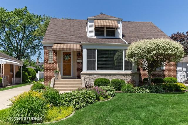 1420 S Washington Avenue, Park Ridge, IL 60068 (MLS #10409905) :: Baz Realty Network | Keller Williams Elite