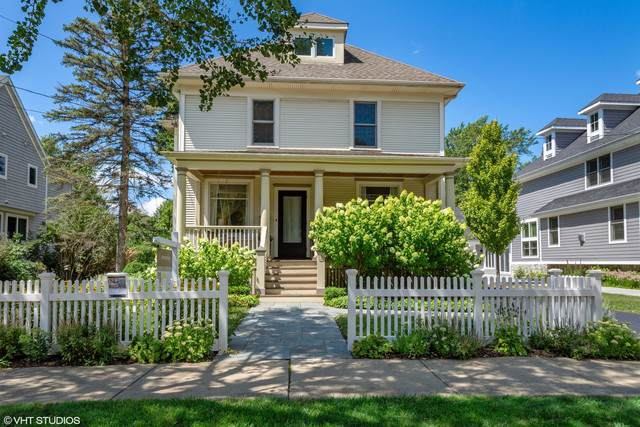 428 North Avenue, Barrington, IL 60010 (MLS #10463849) :: Berkshire Hathaway HomeServices Snyder Real Estate