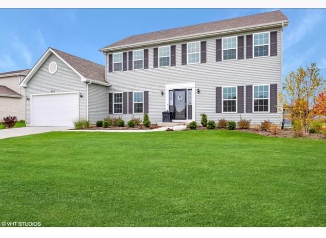 914 Bison Court, Oswego, IL 60543 (MLS #10573168) :: Baz Realty Network | Keller Williams Elite
