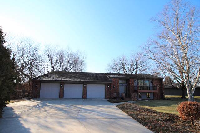 4 London Court, Bloomington, IL 61704 (MLS #10600896) :: Property Consultants Realty
