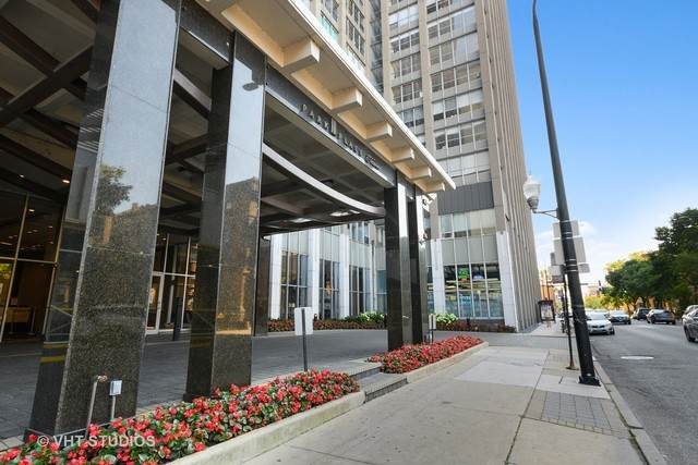 655 W Irving Park Road #4604, Chicago, IL 60613 (MLS #10828873) :: John Lyons Real Estate