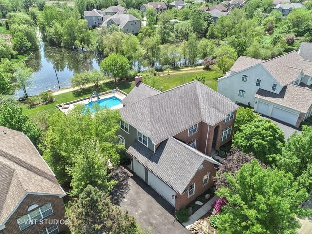 8140 S Boulder Court, Long Grove, IL 60047 (MLS #10268072) :: Helen Oliveri Real Estate