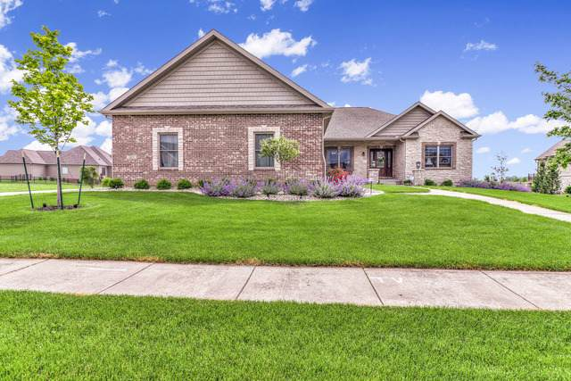 1415 Cross Creek Road, Mahomet, IL 61853 (MLS #10738637) :: Angela Walker Homes Real Estate Group