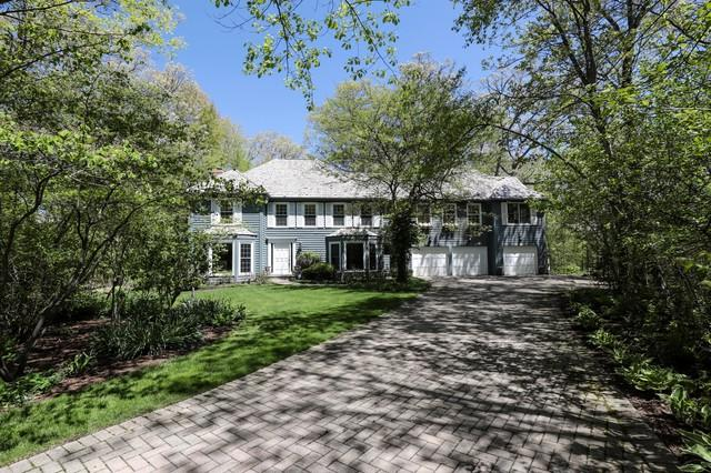 30 Coventry Court, Lake Bluff, IL 60044 (MLS #09957985) :: The Dena Furlow Team - Keller Williams Realty
