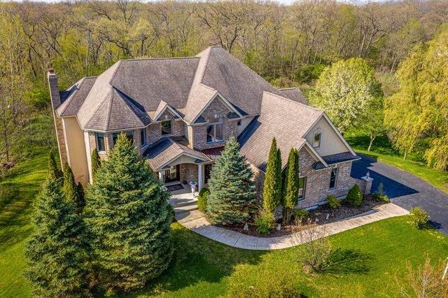 3258 Oak Knoll Road, Carpentersville, IL 60110 (MLS #10625318) :: John Lyons Real Estate