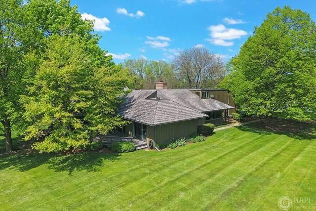 819 Dormy Lane, Barrington Hills, IL 60010 (MLS #10814615) :: John Lyons Real Estate