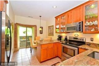 2006 Quay Village Court #201, Annapolis, MD 21403 (#AA9847719) :: Pearson Smith Realty