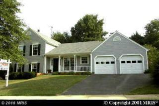 13718 Northbourne Drive, Centreville, VA 20120 (#FX9700930) :: Pearson Smith Realty