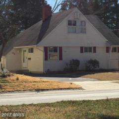 309 Broadwood Drive W, Rockville, MD 20851 (#MC9870528) :: LoCoMusings