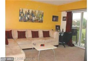 11310 Cherry Hill Road #103, Beltsville, MD 20705 (#PG9837503) :: Pearson Smith Realty