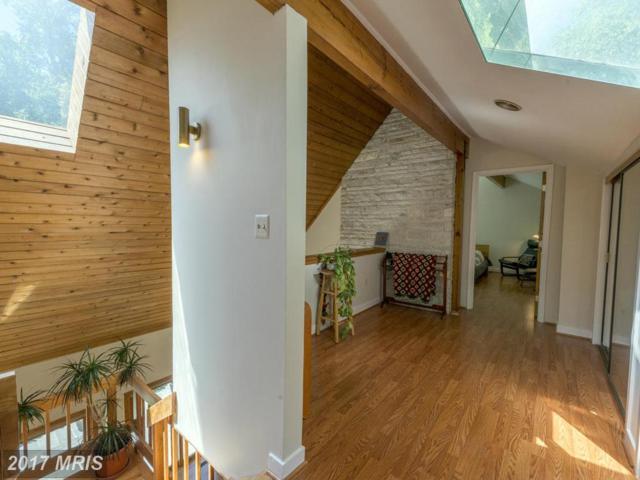 9898 Sunnybrook Drive, Great Falls, VA 22066 (#FX9943082) :: Pearson Smith Realty
