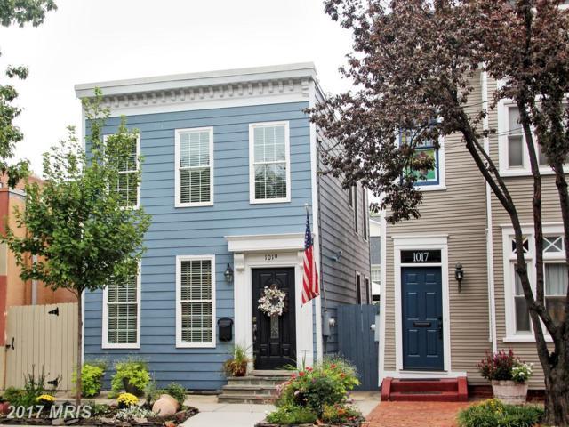 1019 Oronoco Street, Alexandria, VA 22314 (#AX10062289) :: Pearson Smith Realty