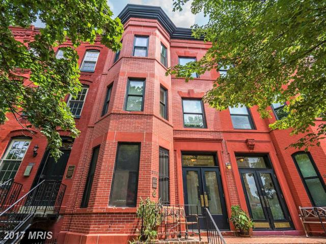 220 4TH Street SE #4, Washington, DC 20003 (#DC10074087) :: The Cruz Group