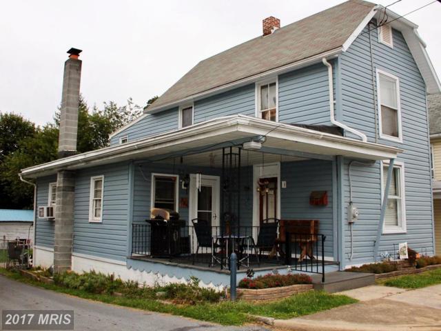 224 Ringgold Street, Waynesboro, PA 17268 (#FL10047163) :: Pearson Smith Realty