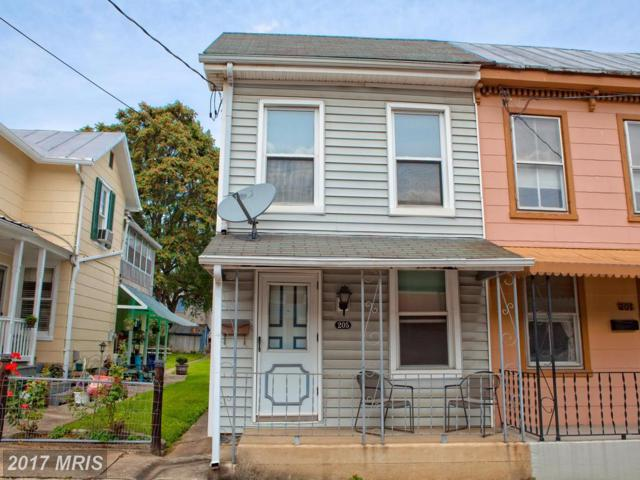 205 6TH Street, Frederick, MD 21701 (#FR10046369) :: Pearson Smith Realty
