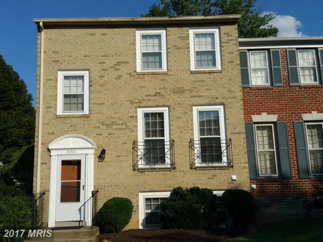 3201 White Flint Court, Oakton, VA 22124 (#FX10061821) :: Bic DeCaro & Associates